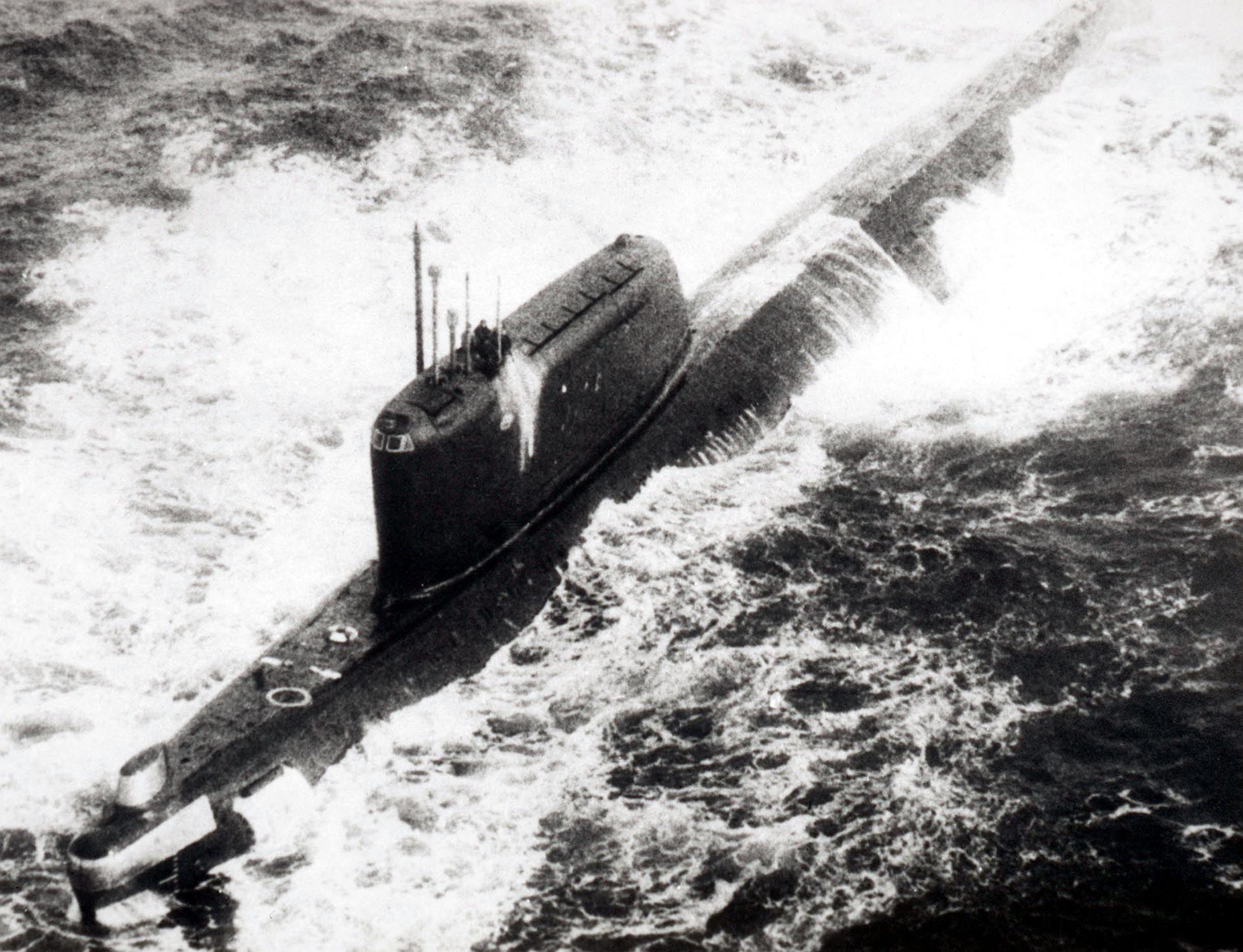 Submarino nuclear soviético da classe Hotel, 1984