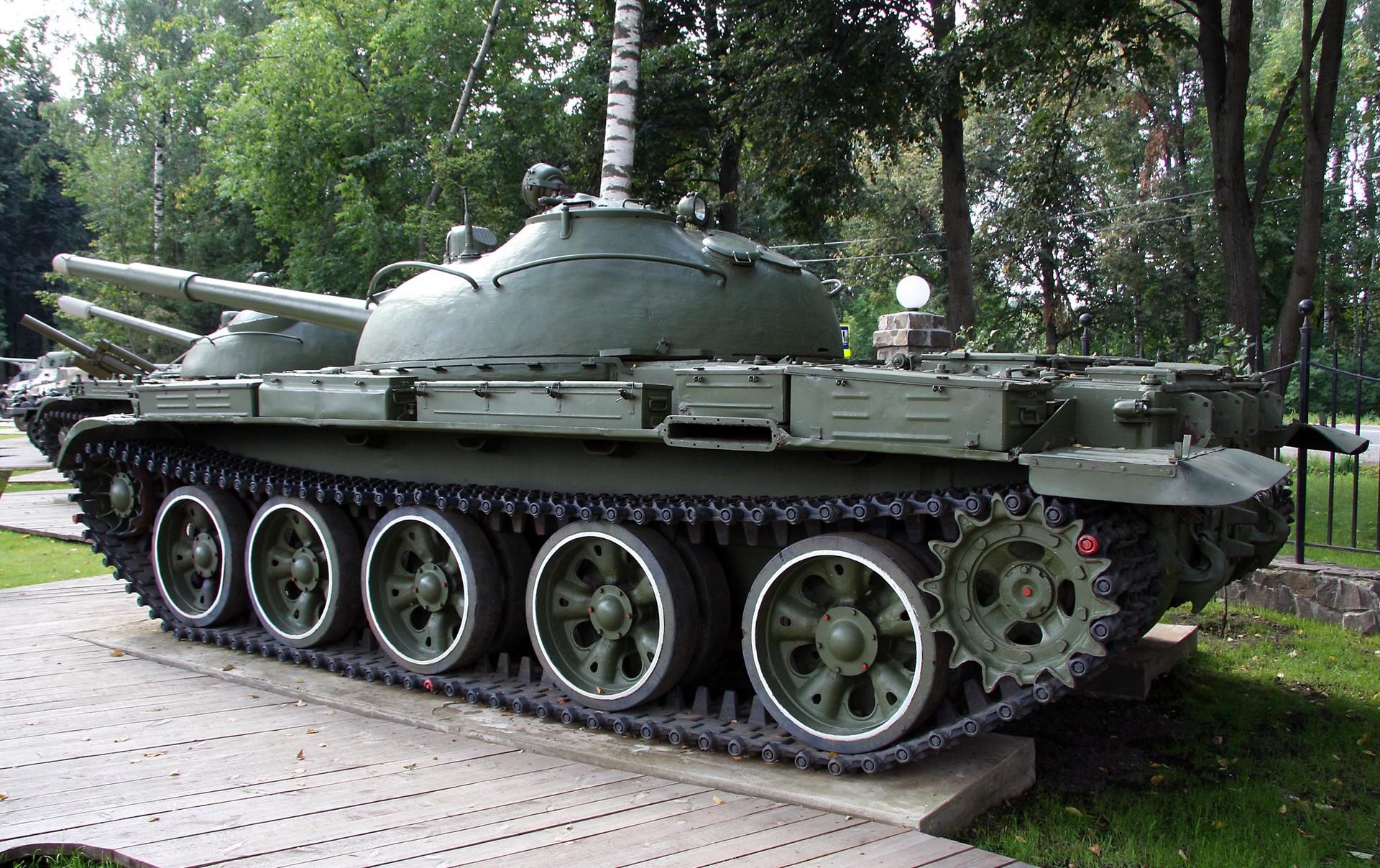 Un tanque T-62.