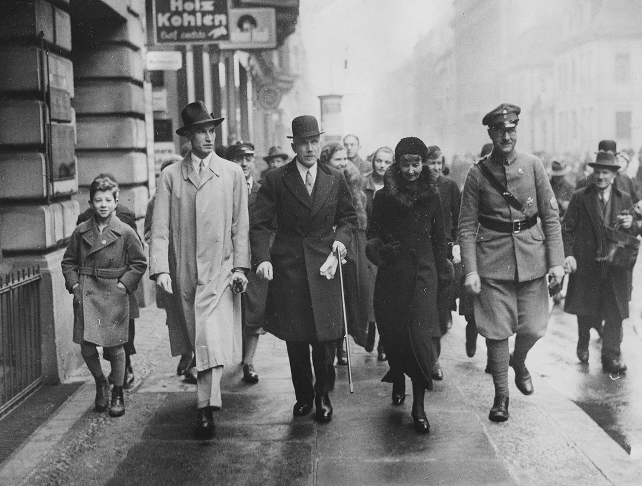 Франц фон Папен с семьей.
