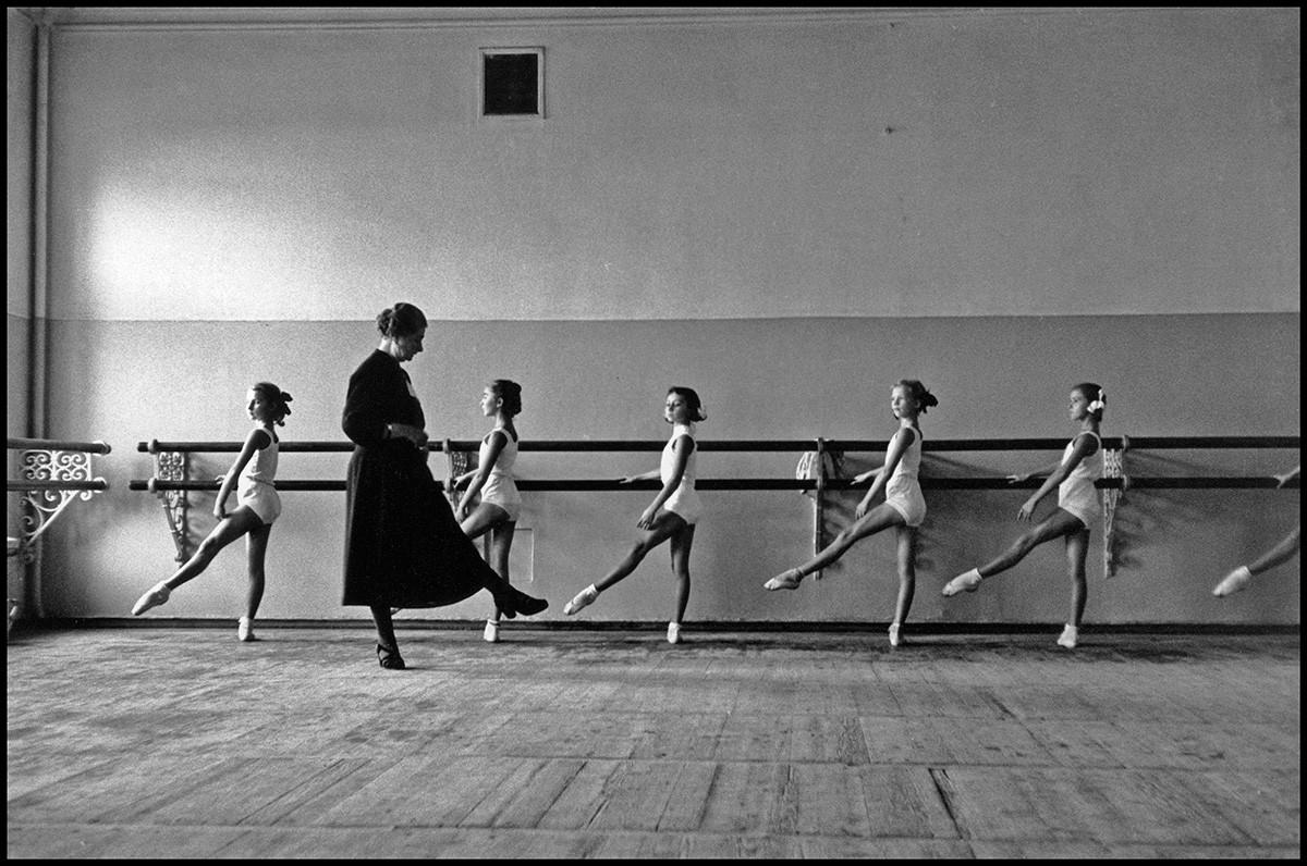 Die staatliche Ballettschule des Bolschoi-Theaters, Moskau, 1958