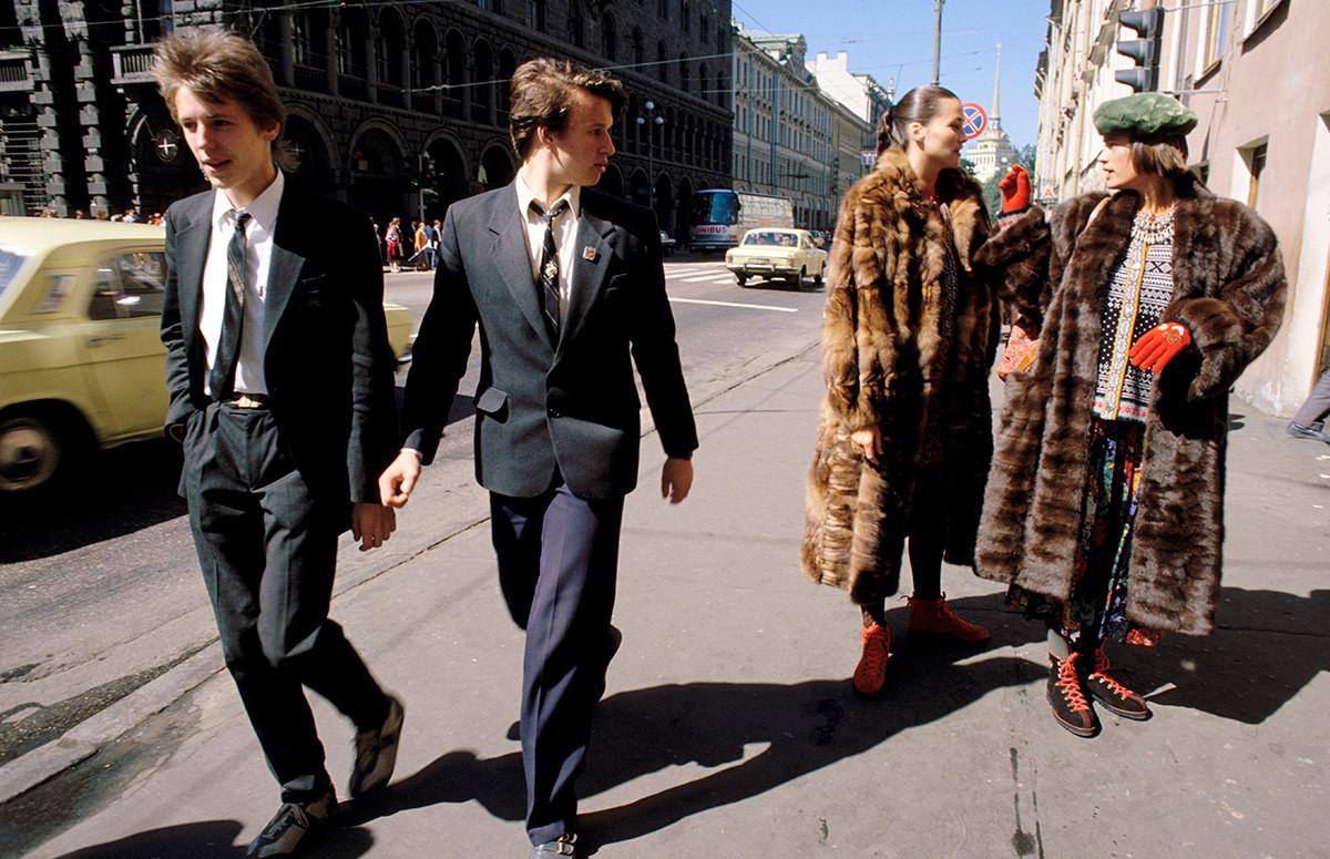Mode in Leningrad, 1987