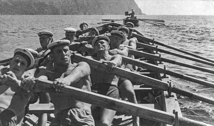 Seeleute der Schwarzmeerflotte in Sewastopol, Krim