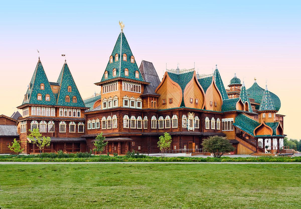 Il palazzo dello zar Alessio Mikhajlovich a Kolomenskoe