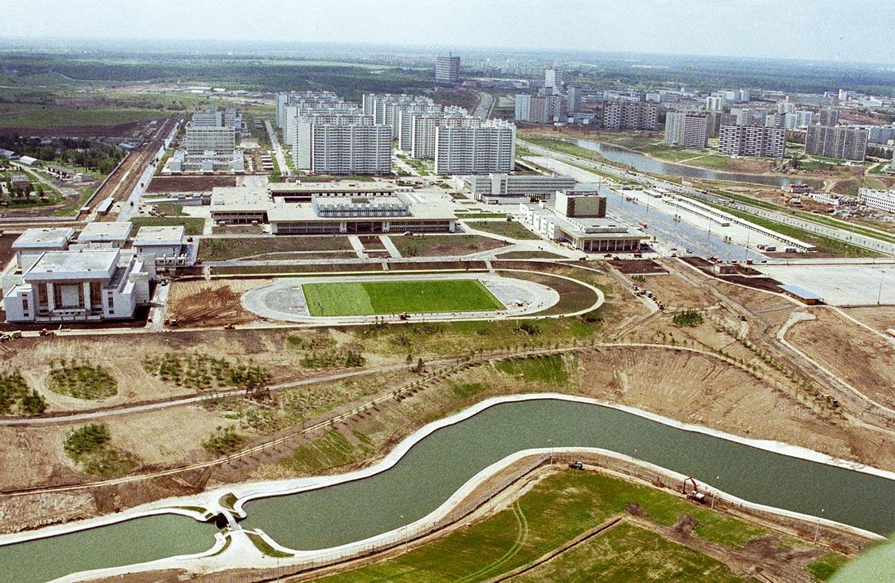 Новый жилой квартал Москвы - Олимпийская деревня.