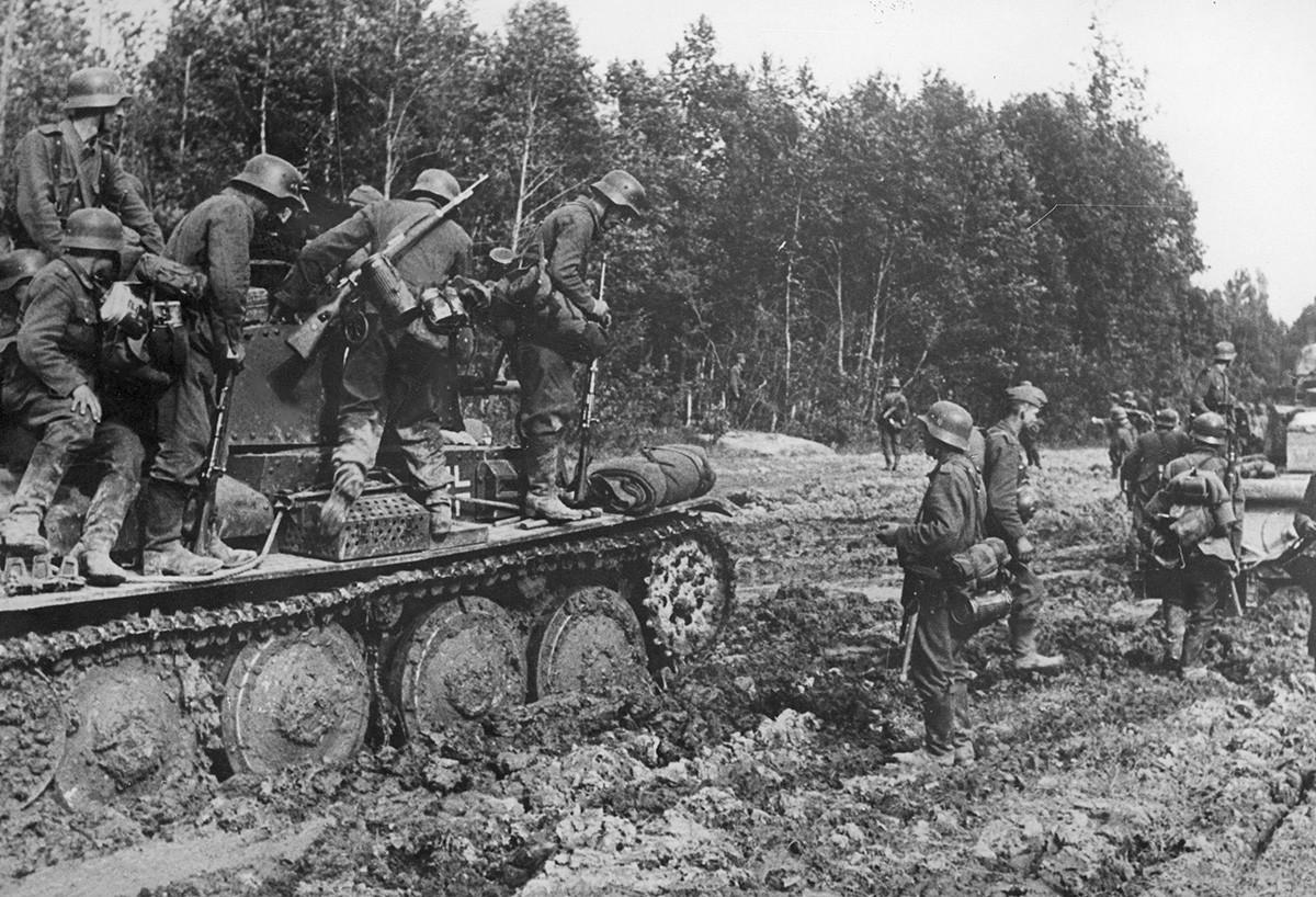 Njemački tenkovi na području Rževa.