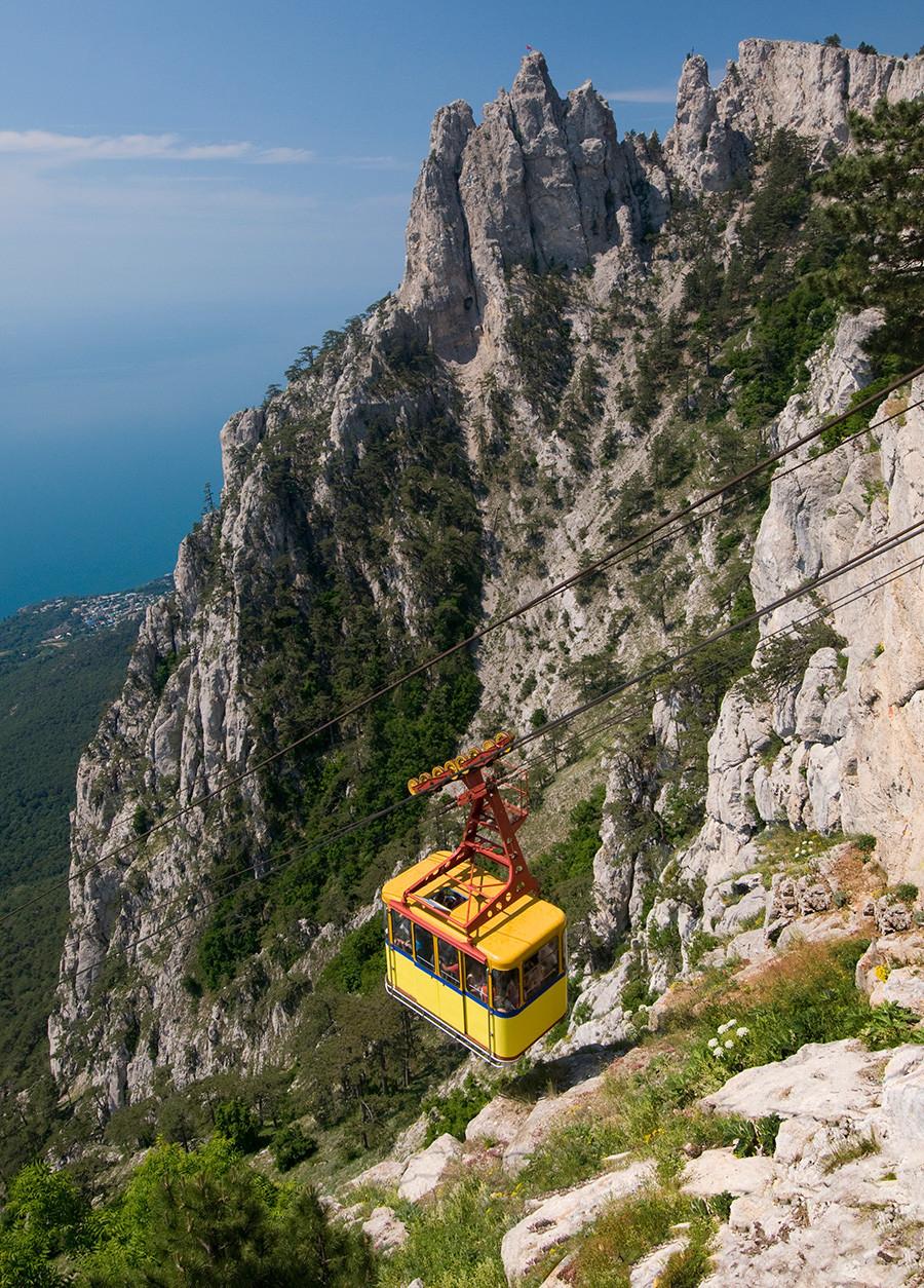 Um dos mais longos teleféricos sem suporte na Europa.