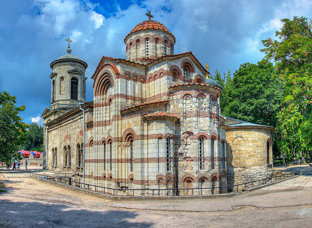 A Igreja de São João Batista do século 8.
