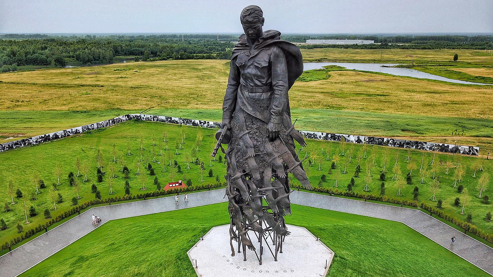 Ржевский мемориал Советскому солдату, открытый 30 июня 2020 года.