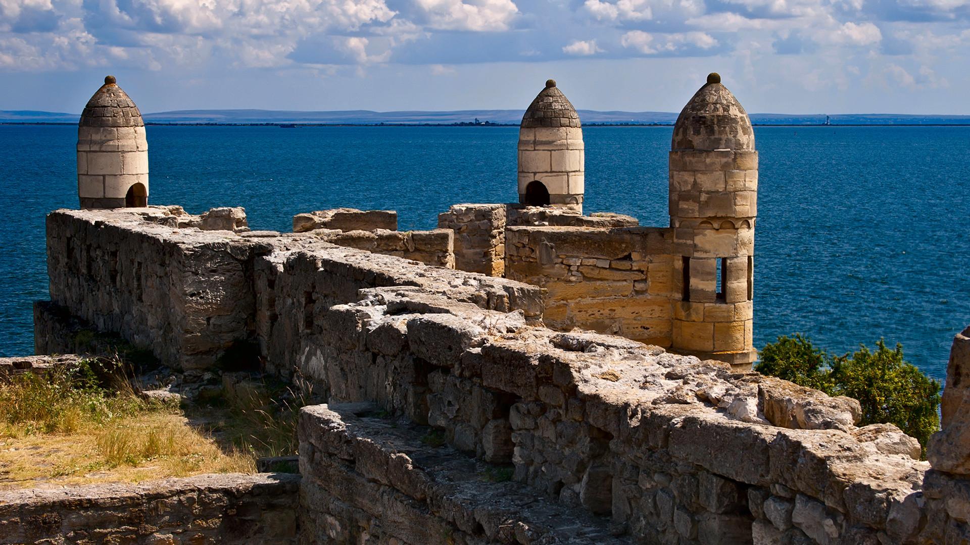 Yeni-Kale fortress in Kerch