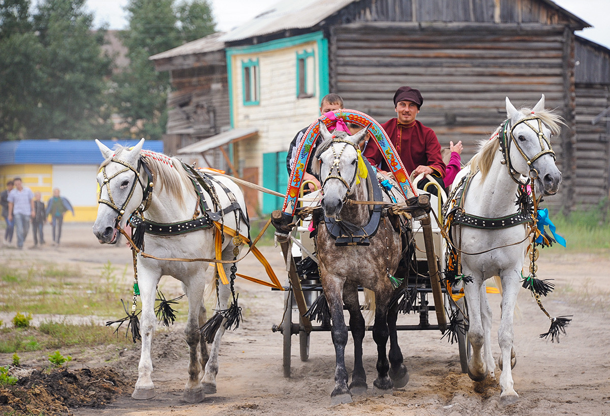 Troika riding during the city festival in Nerchinsk.