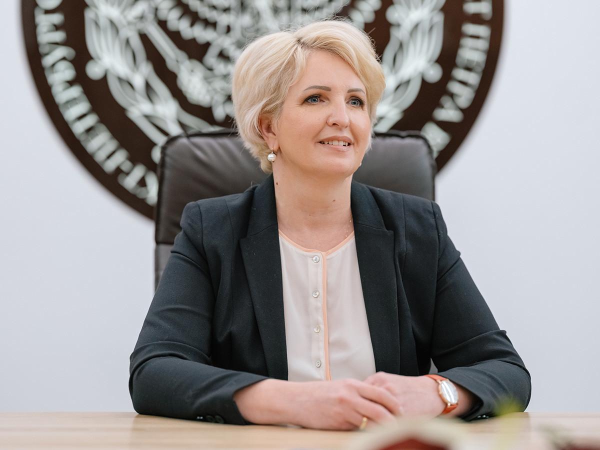 Elena Razinkina.