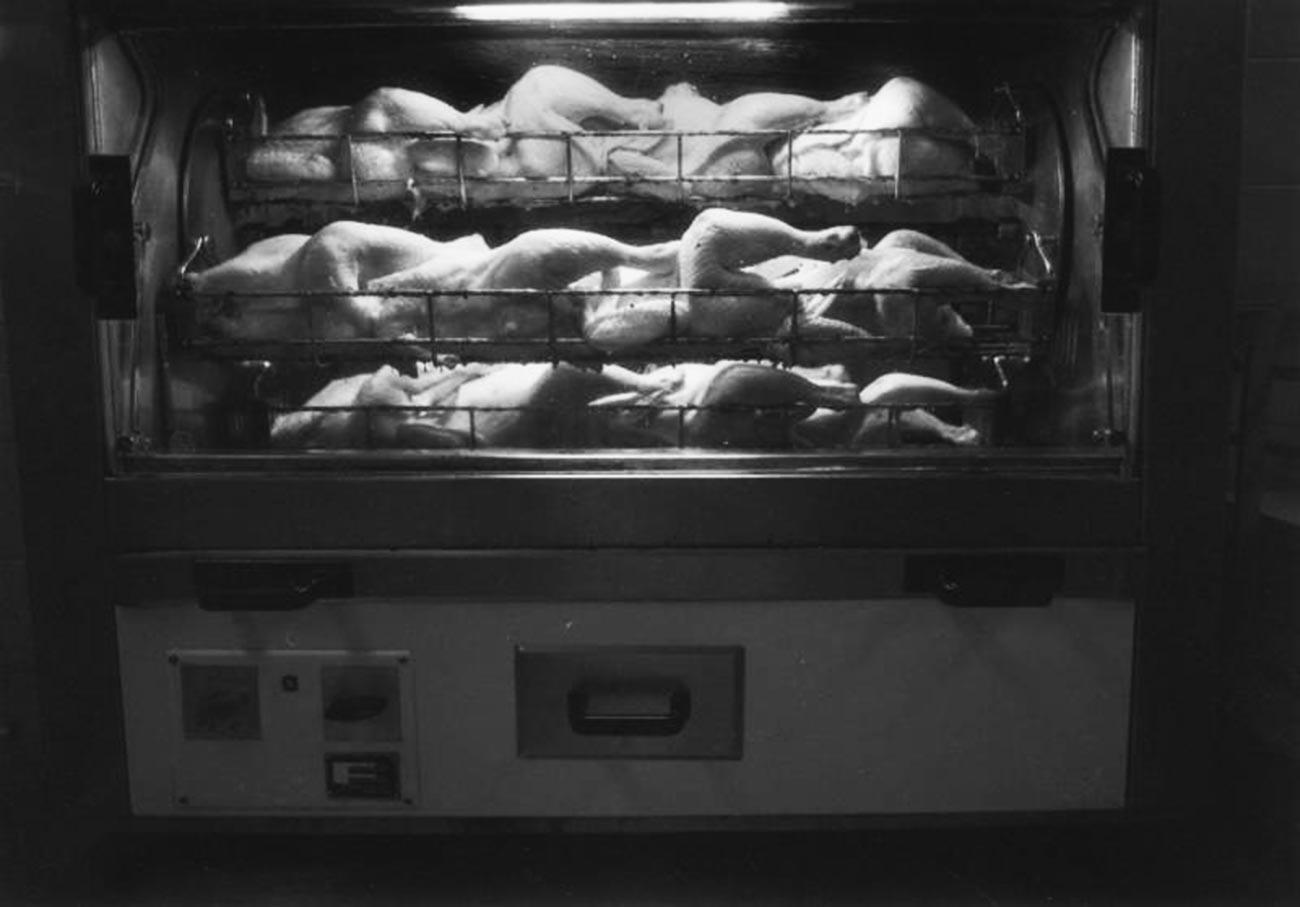 Le poulet rôti, l'un des plats à emporter les plus prisés en URSS (1986)