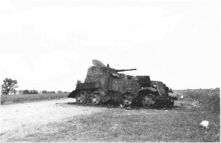 BA-10 destruido en Jaljin Gol en 1939