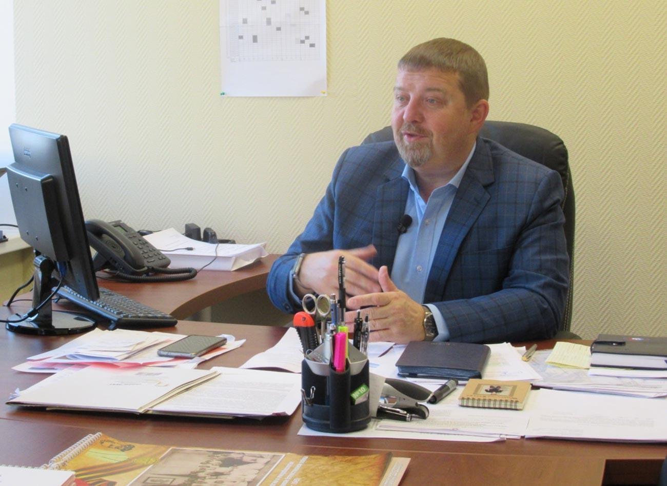 Александар Семjонов