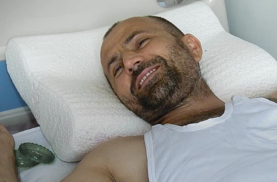Salaud Akhmatov in the hospital, a month after the incident