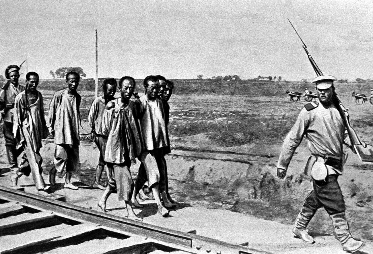 Руско-јапански рат. Заробљени хунхузи код Љаојанга.