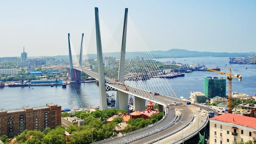 Zlati most v Vladivostoku