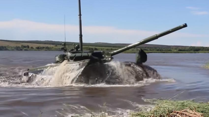Tangkapan layar saluran YouTube Kementerian Pertahanan Rusia.