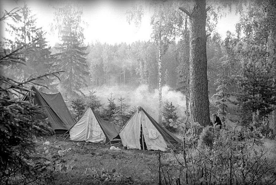 Pioneros de Moscú están de vacaciones, 1940.