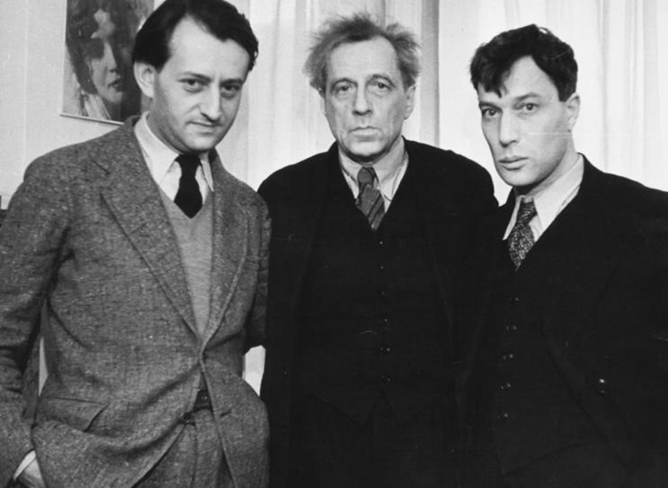 Od leve proti desni: Andre Malraux, Vsevolod Mejerhold, Boris Pasternak