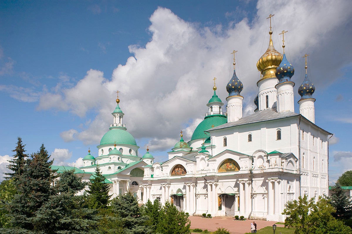 Savior-St. Yakov-St. Dimitry Monastery. Cathedral of Conception of St. Anne, with attached Church of St. Yakov (left). Left background: Cathedral of St; Dimitry of Rostov. Southwest view. July 7, 2019