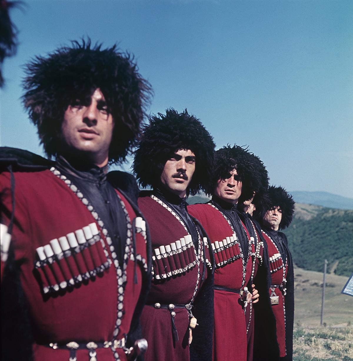 Costume folklorique russe traditionnel Coiffe KokoshnikVictoria couleur or #144