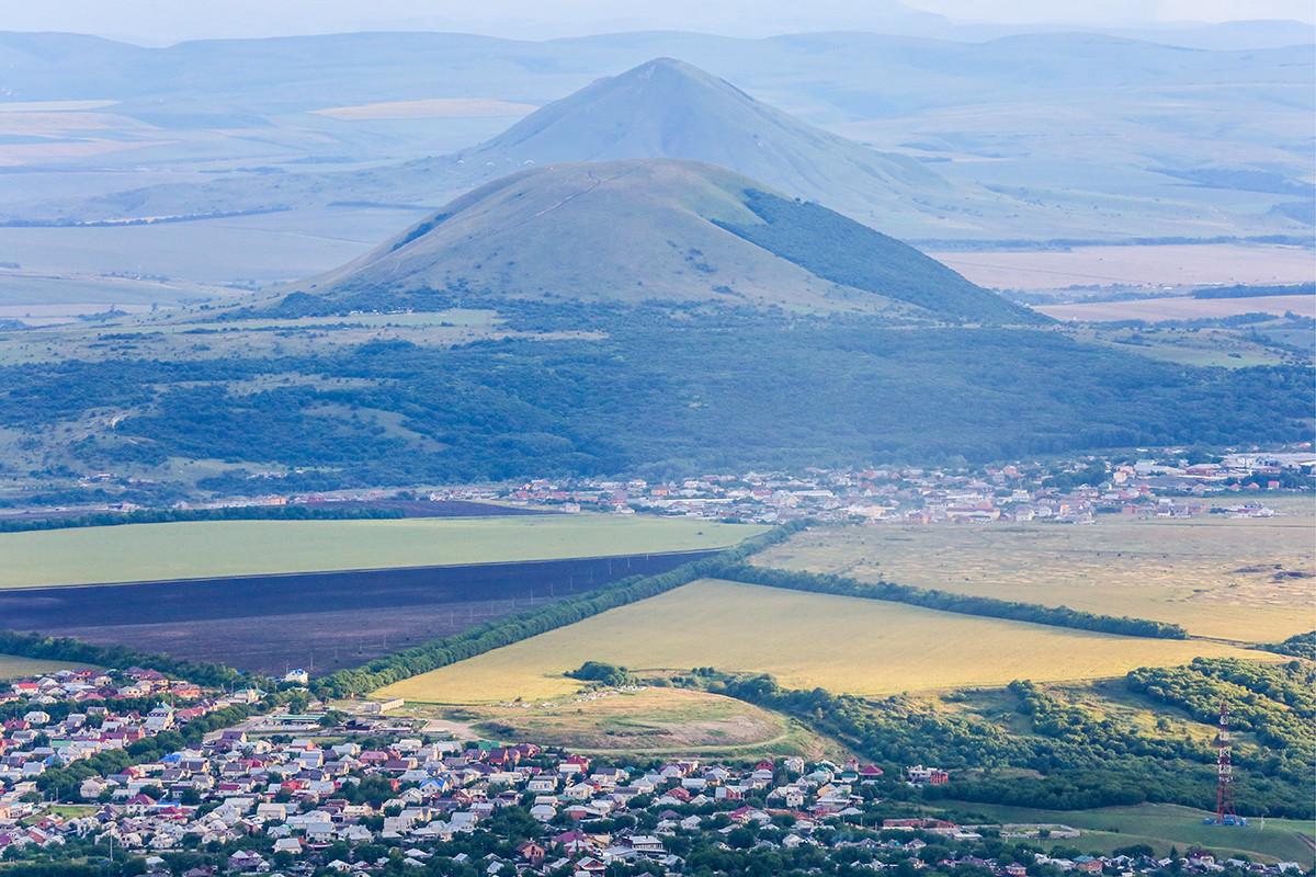 Pogled na mesto z gore Mašuk.