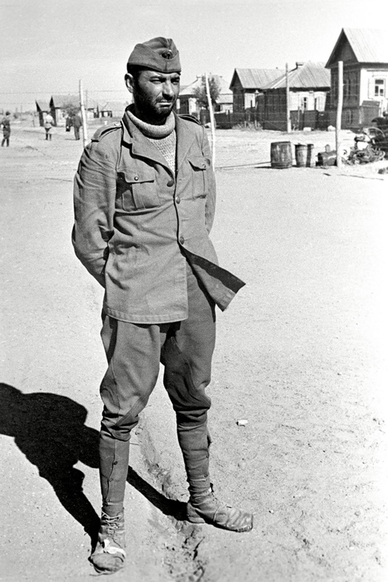 Пленный румынский солдат.