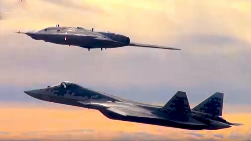 S-70 Ohotnik in Su-57