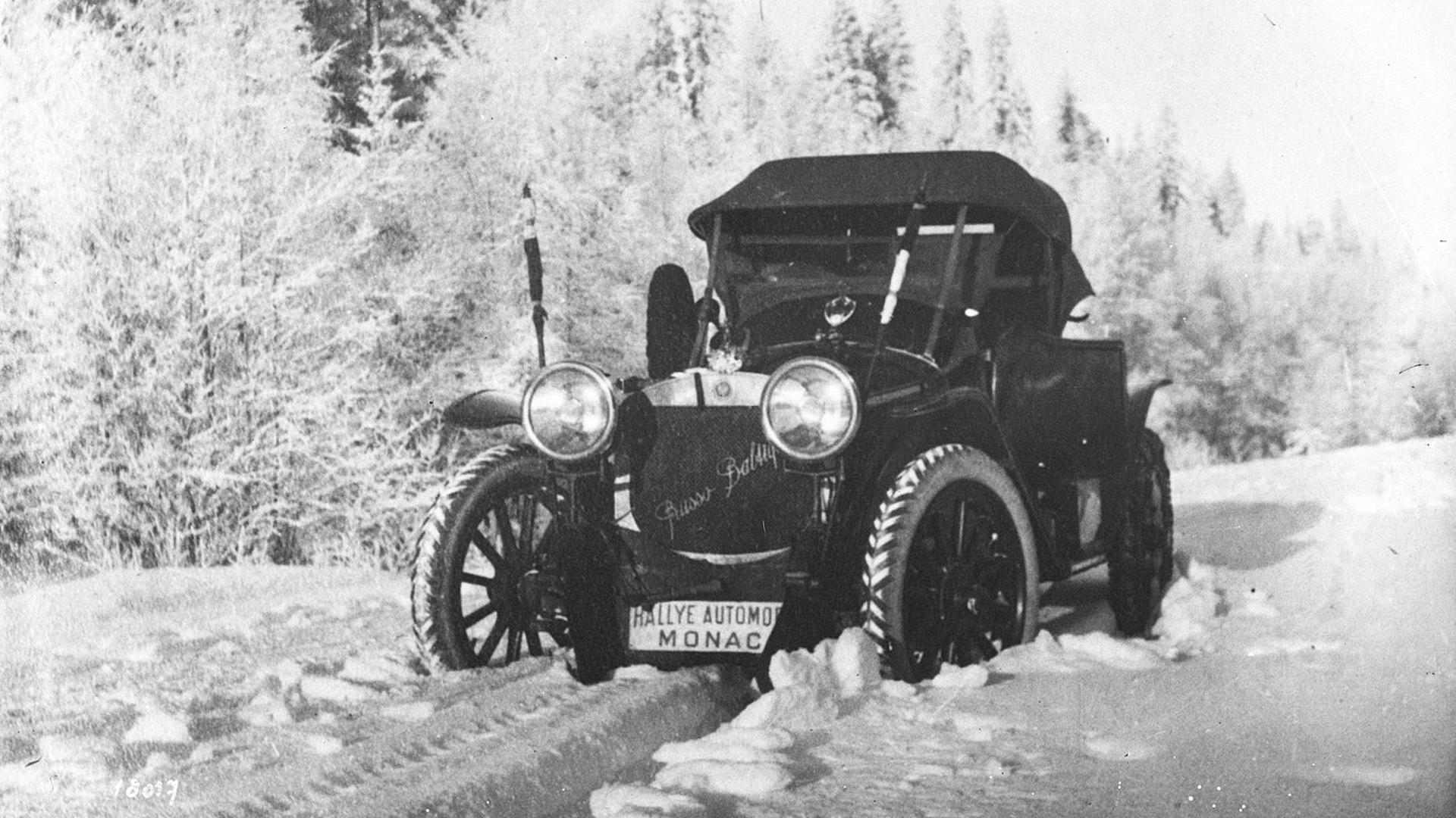 La voiture Russo-Balt de Nagel lors du rallye de Monte-Carlo en 1912