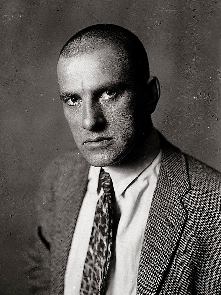 Vladímir Maiakóvski.