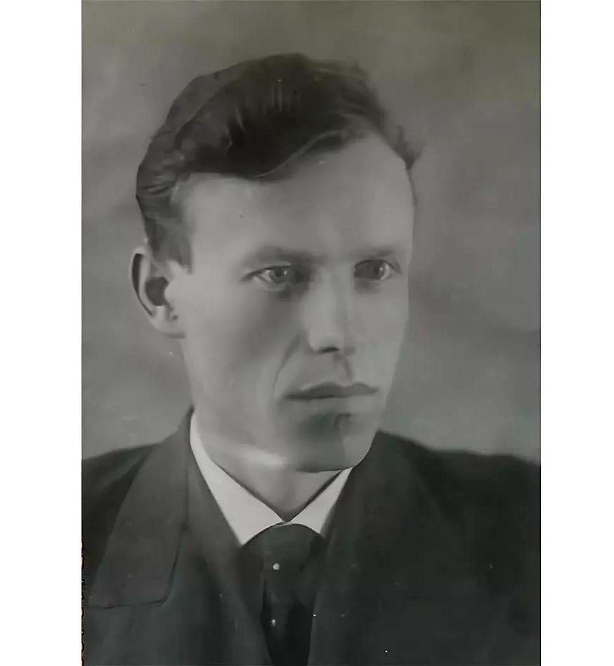 Nikita Lavinski.