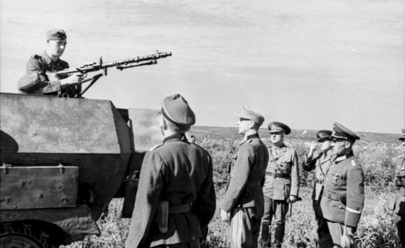 Tropas alemanas y rumanas en el sur de Moldavia, 1944