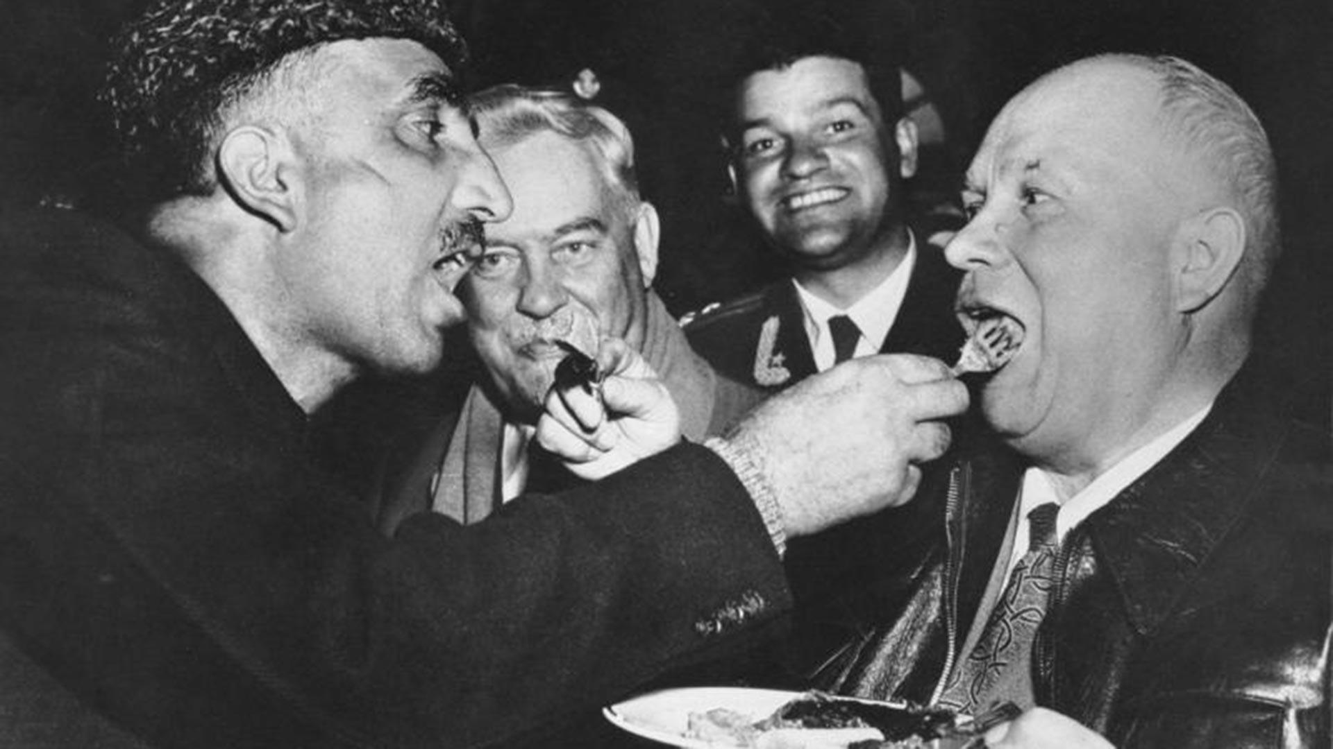 Nikita Khrushchev selama kunjungannya ke India.