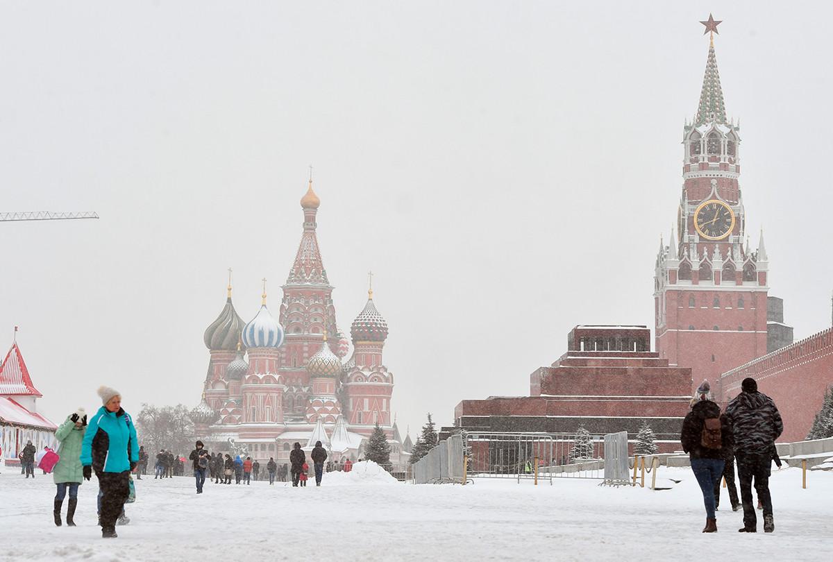 Un hiver sur la place Rouge, à Moscou