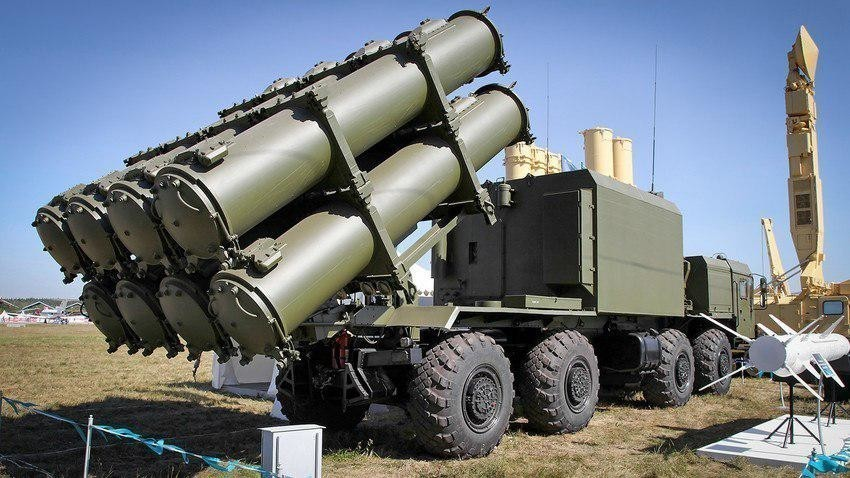 "Ракетен систем ""Бал"" / индекс ГРАУ 3К60, ознака НАТО: SSC-6 Sennight (рус. ""неделя"")"