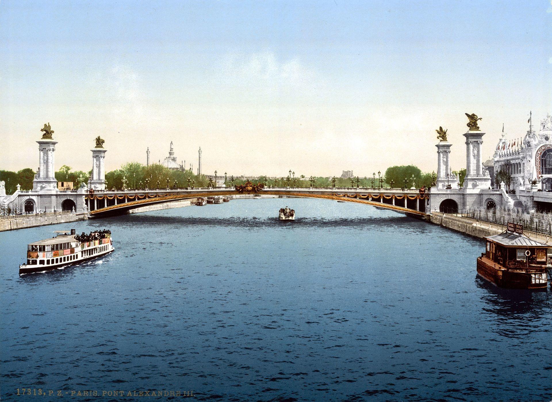 Le pont au moment de son inauguration à l'occasion de l'Exposition universelle de 1900