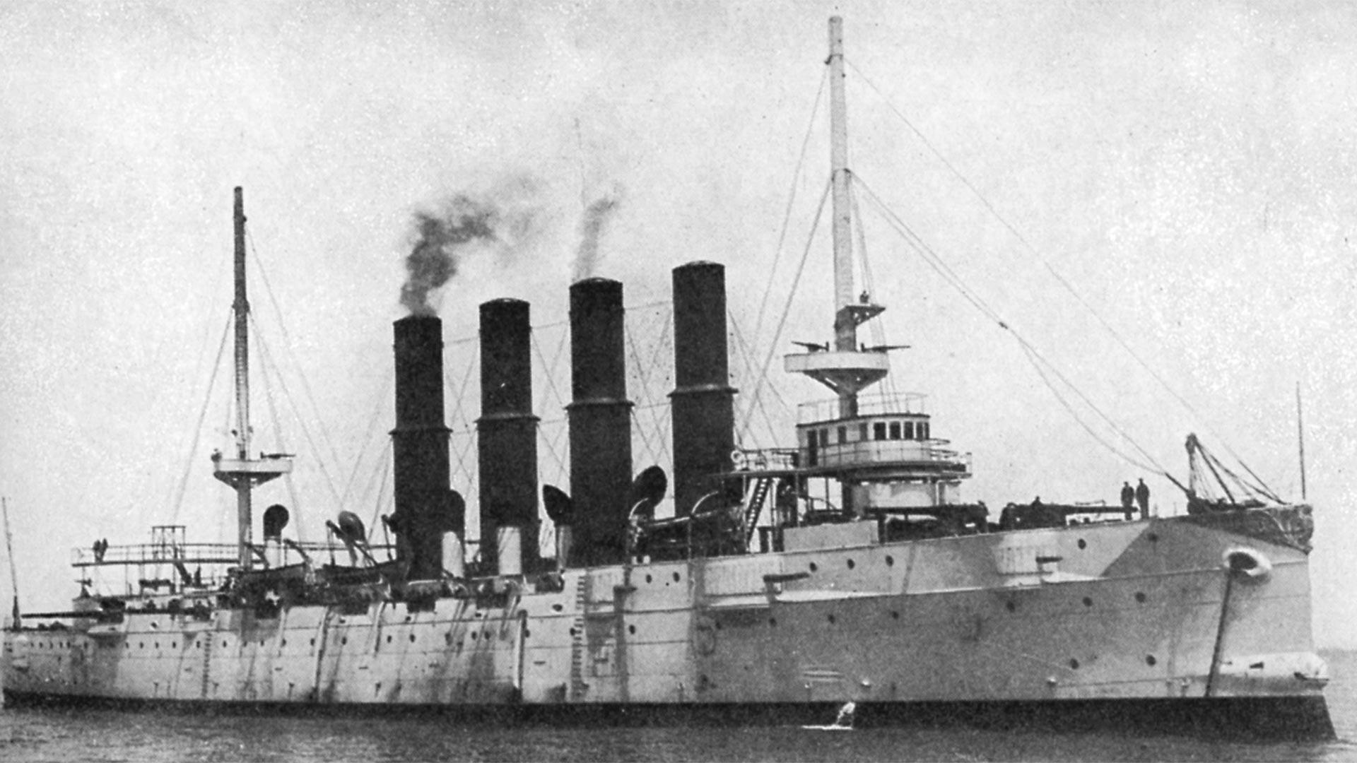 . 防護巡洋艦「ヴァリャーグ」、1904年