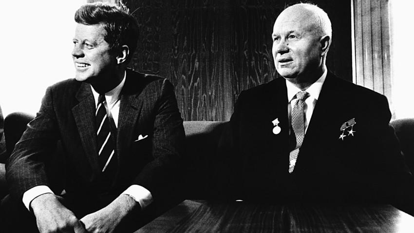 John Kennedy et Nikita Khrouchtchev
