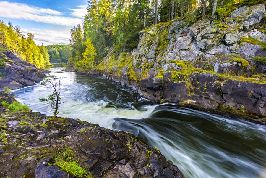 Водопад Кивач, Русија.