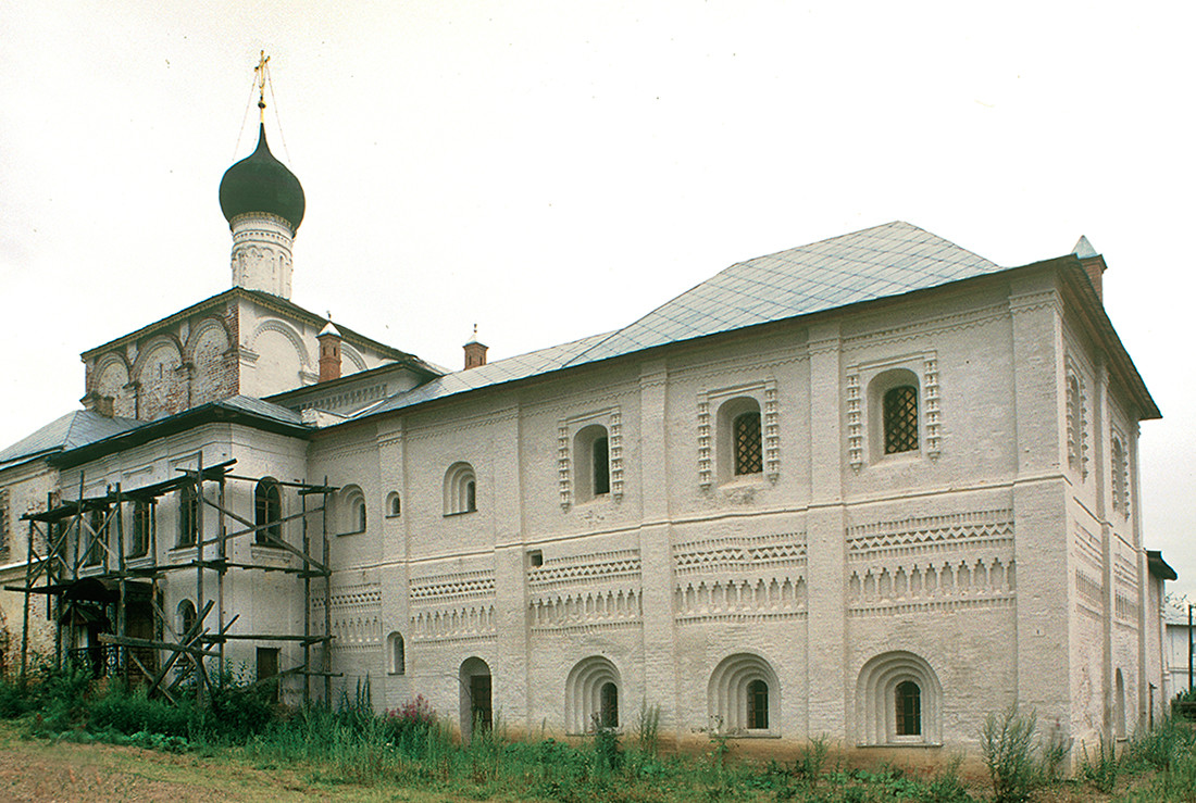 Refectory Church of the Annunciation. Northeast view with attached abbot's chambers. July 29, 1997