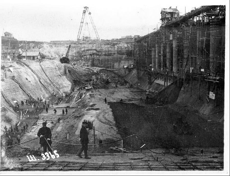 Строительство ГЭС в Рыбинске