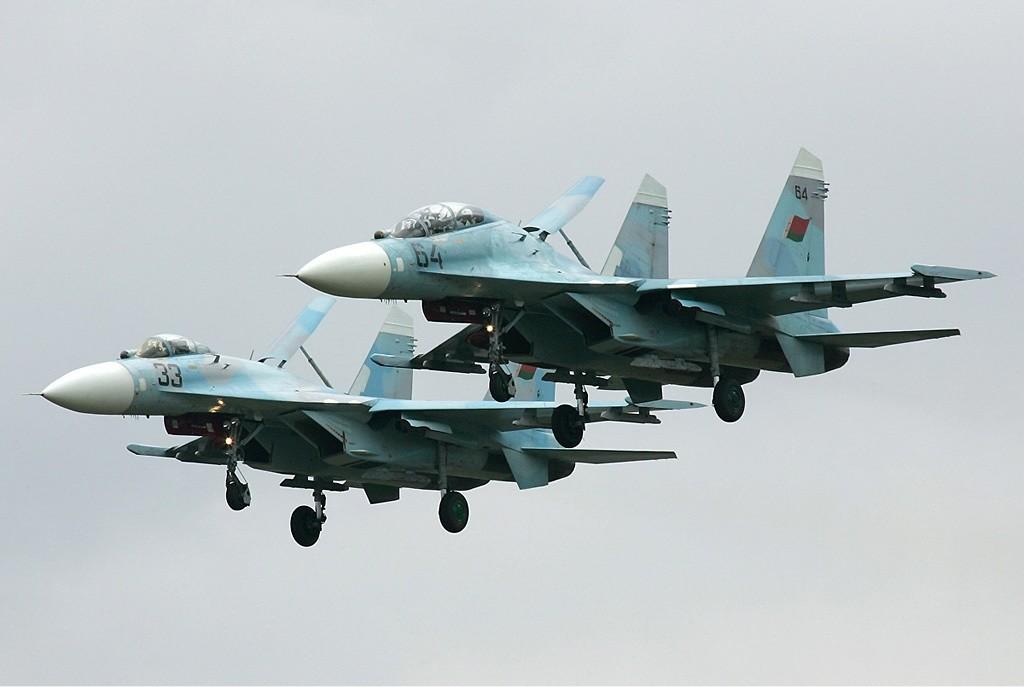 Cazas Su-27 bielorrusos.