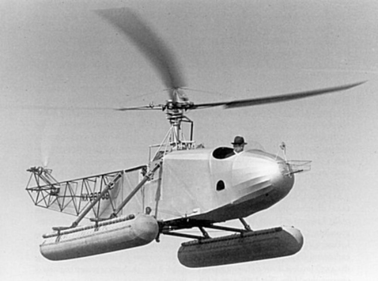 Sikorsky 300 (VS-300A, NX 28996)