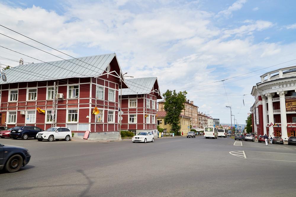 Ulica Lenina, glavna ulica v Petrozavodsku.