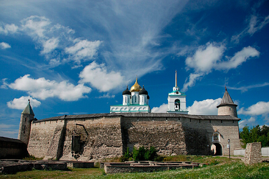 Kremlin walls and the 13th century ruins of the ancient settlements inside kremlin