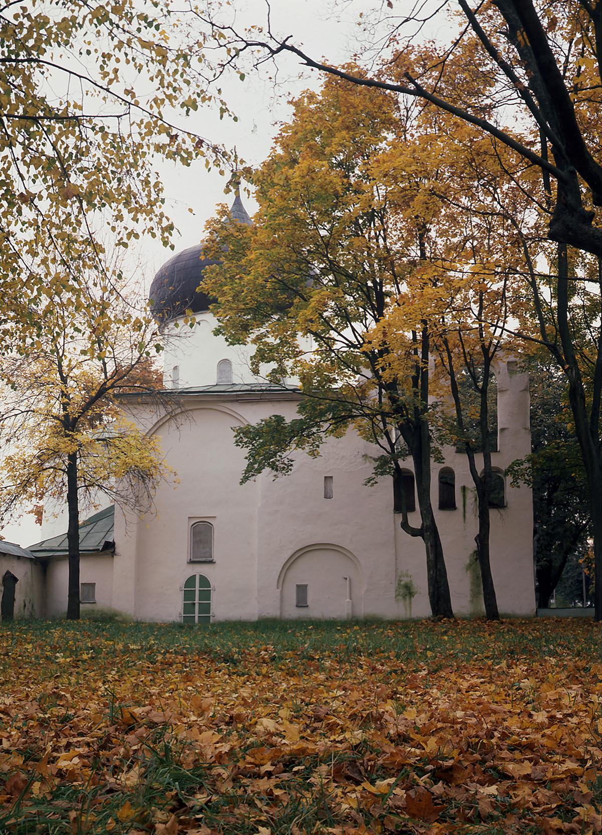 La Cattedrale della Trasfigurazione del Salvatore nel Monastero di Spaso-Mirozhskij