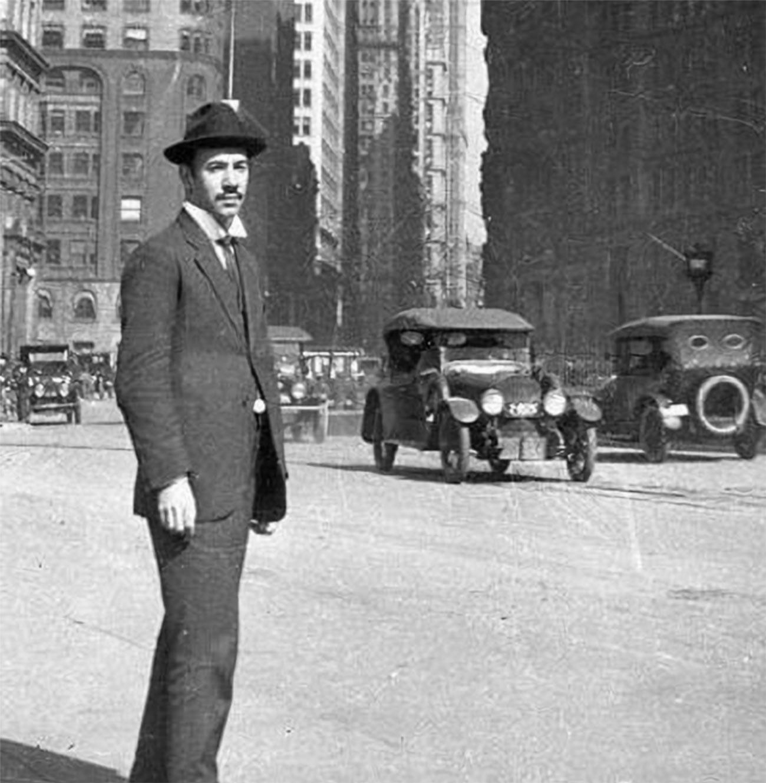 Igor Sikorski in New York im Jahr 1919