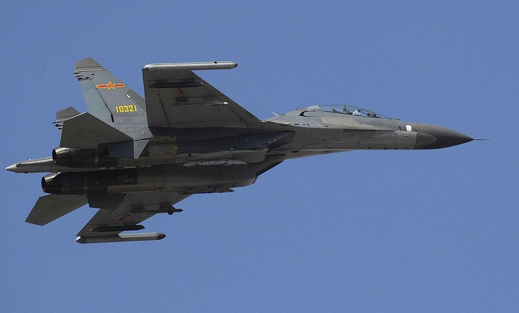 Su-27, proizveden na Kitajskem in preimenovan v Shenyang J-11