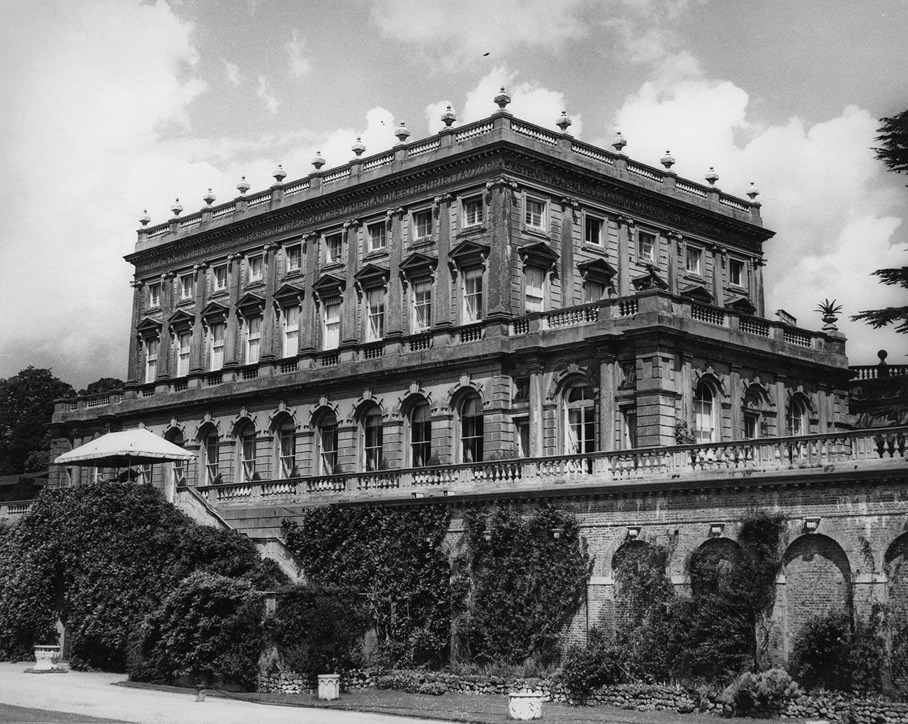 Cliveden, Lord Astors Herrenhaus in Buckinghamshire, 28. Juni 1963